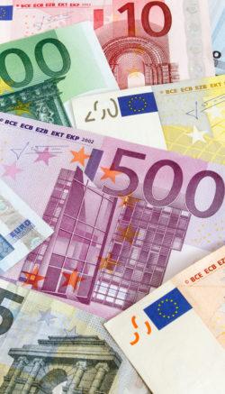 frank-dolar-euro-kurs-pieniadze-kredyt